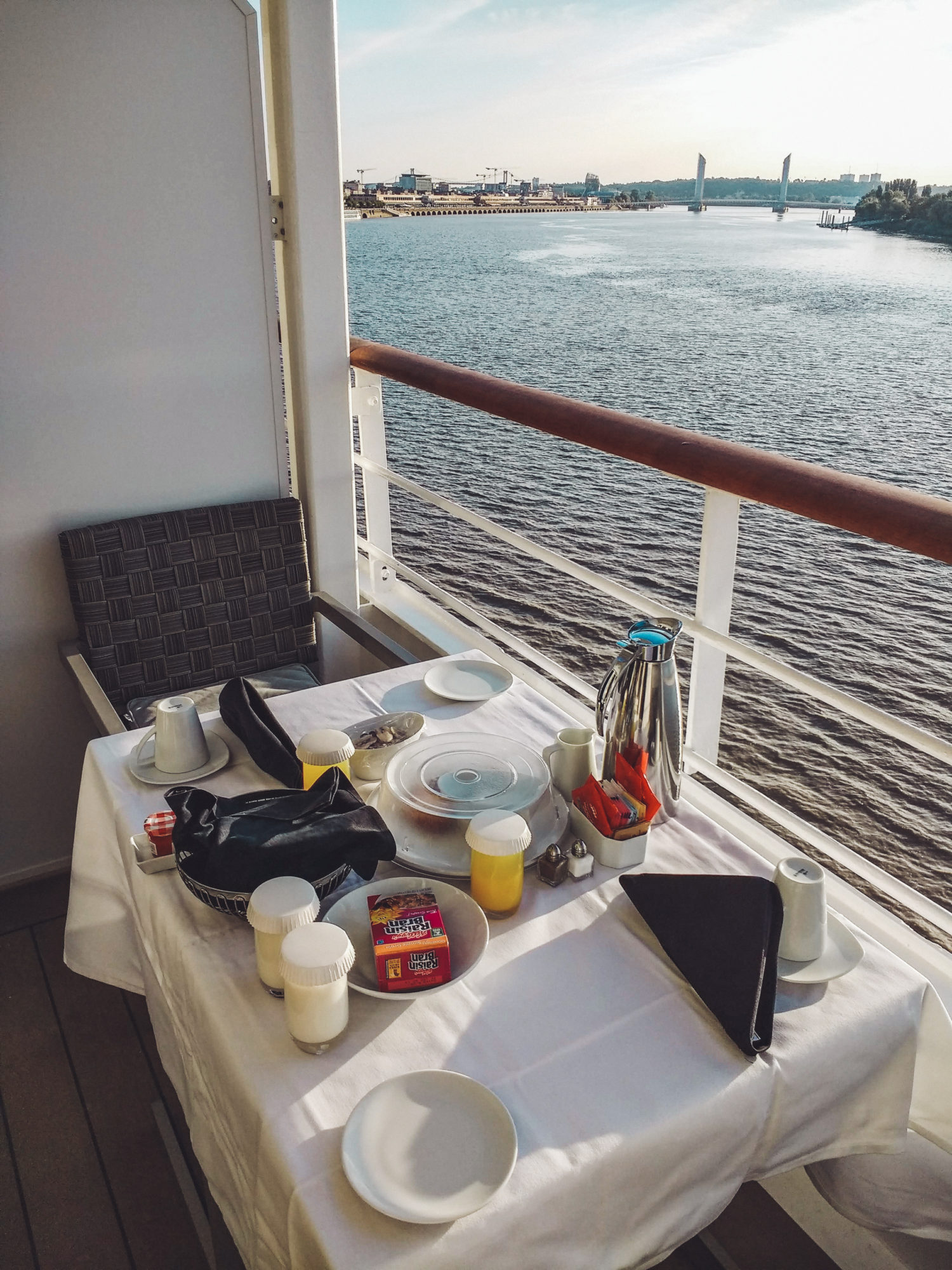 Azamara Pursuit - breakfast on the balcony
