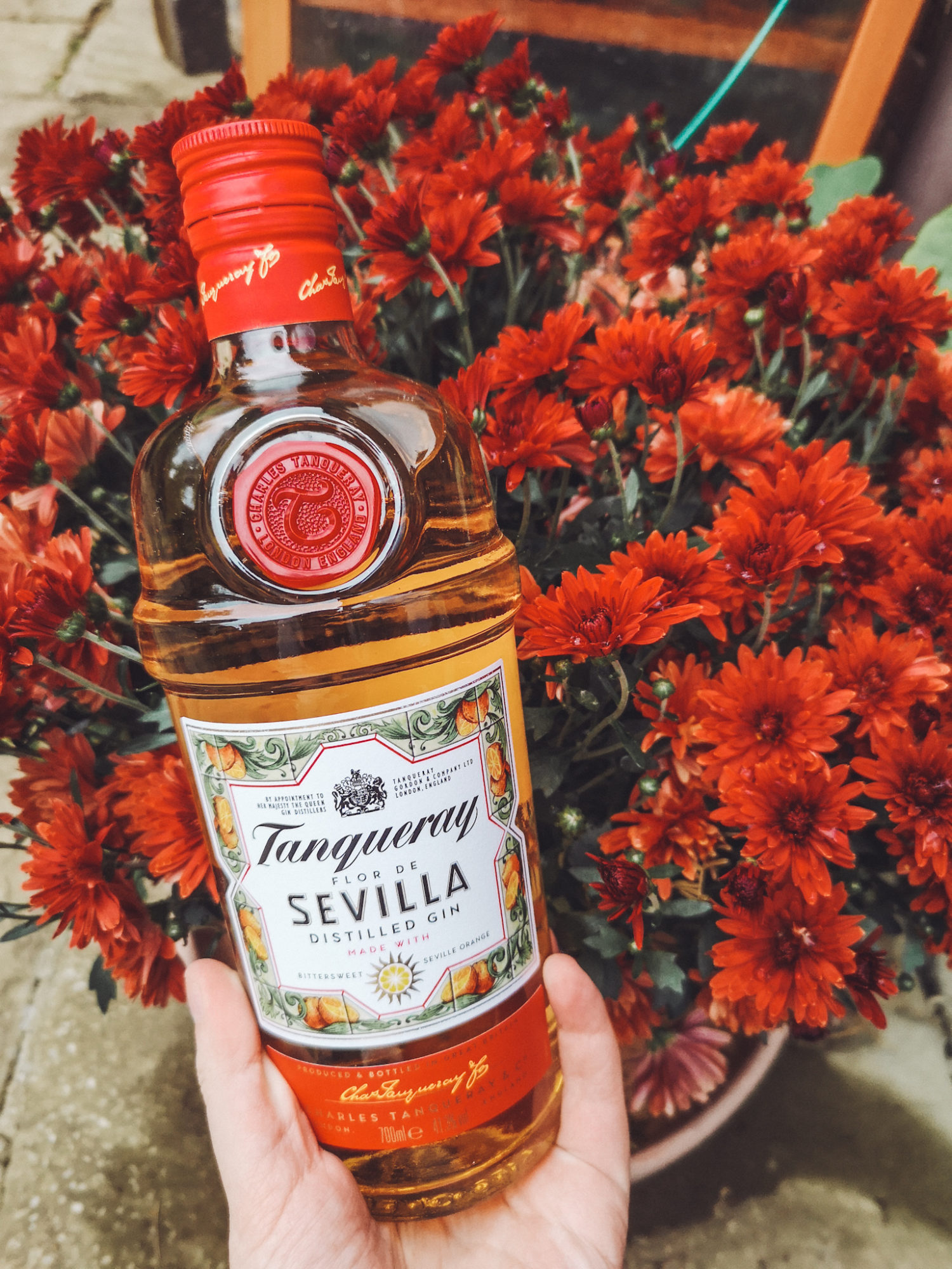 Gluten Free Tanqueray Sevilla gin with flowers